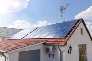 מערכת סולארית ביתית קטנה