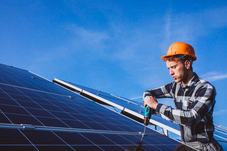 התקנת מערכת סולארית קרקע חקלאית